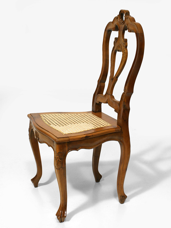 stuhl nussbaum biedermeier stuhl nussbaum massiv und furniert with stuhl nussbaum finest. Black Bedroom Furniture Sets. Home Design Ideas